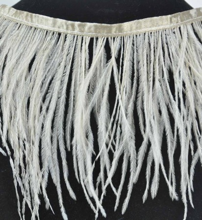 "Ostrich Feather Fringe (182 cm ) 2 yard trim 5""-6"" (13cm-15cm) in Beige"