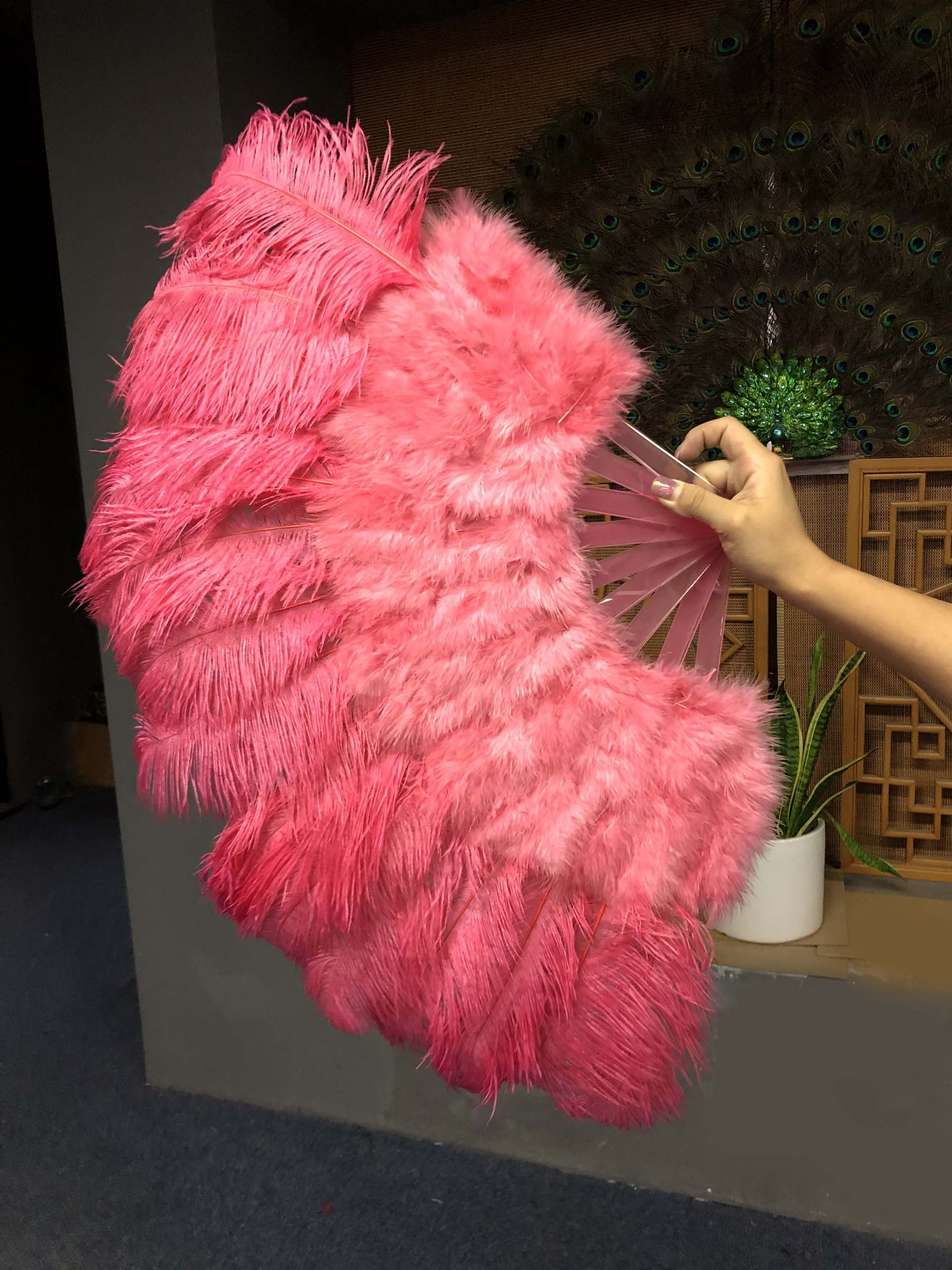 primary Burlesque 21x 38 burgundy Marabou /& Ostrich Feathers  Fan with Travel leather Bag