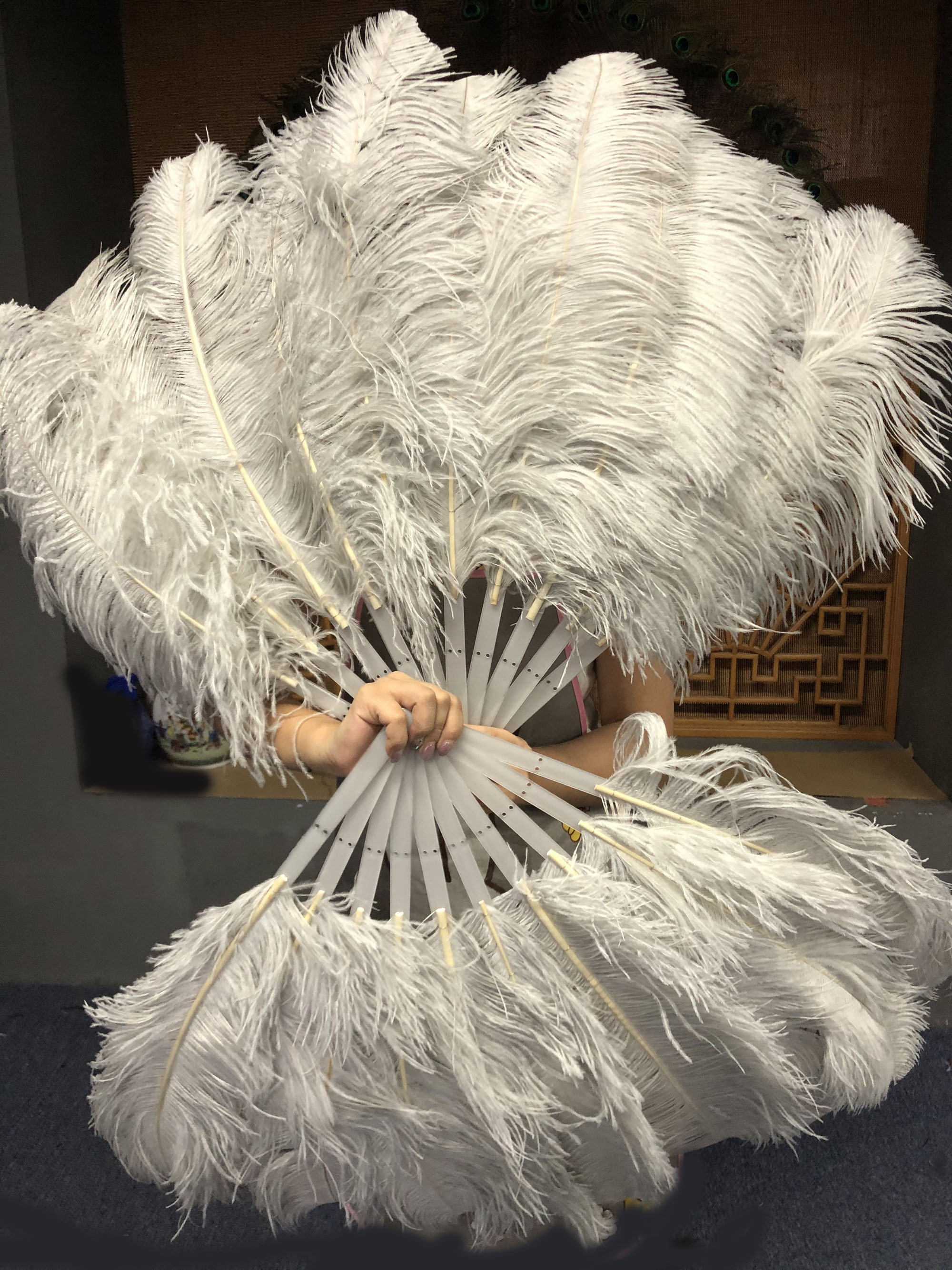 """white 21/"""" x 38/""""  Marabou Ostrich Feather fan with Travel Bag"""